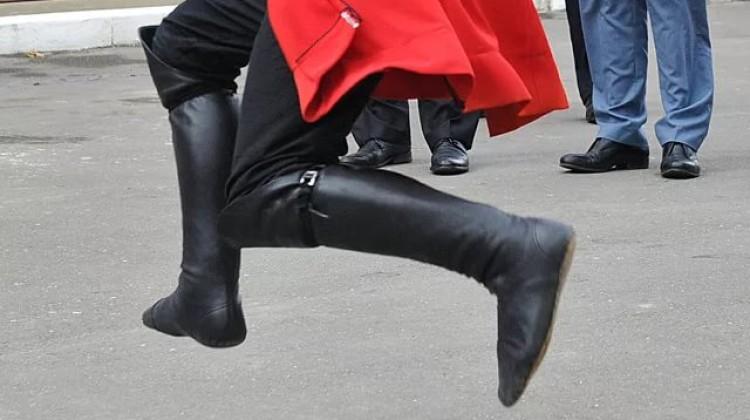 Общественники Кубани просят не политизировать задержание танцоров лезгинки в Геленджике