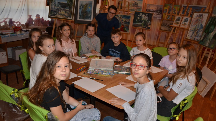 «Содружество» помогает детям творить