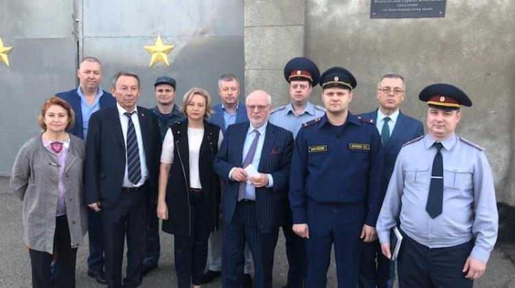 Председатель Совета посетил в краснодарском СИЗО задержанного адвоката Михаила Беньяша