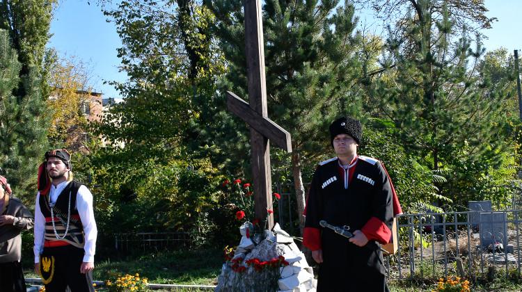 На Всесвятском кладбище создадут единый мемориальный комплекс «Расстрельный угол»