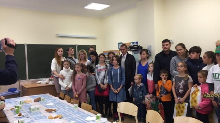 Дети инвалиды и их родители приняли участие в акции «Творчество без границ»