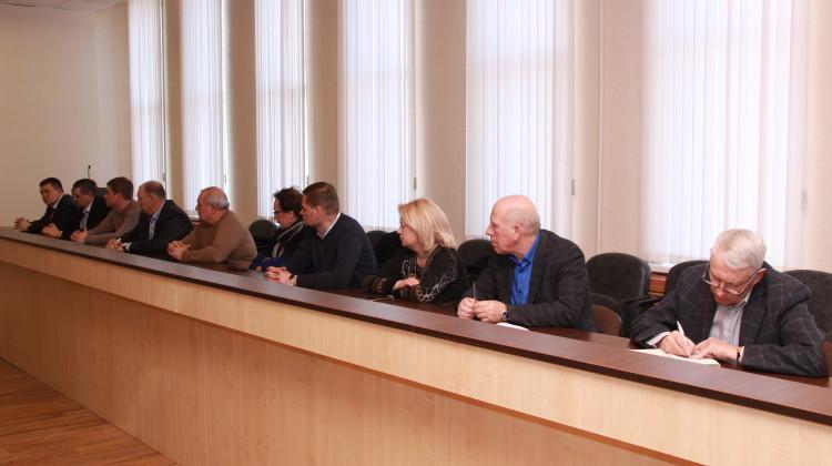 Ремонт дорог и проблемы ЖКХ стали темой заседания Общественного Совета в Ейском районе