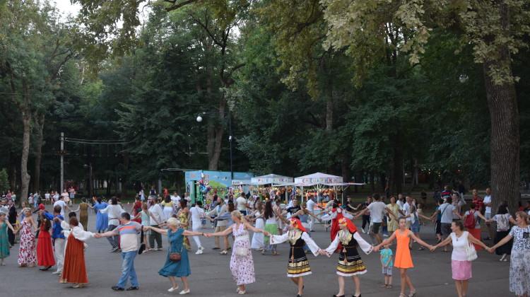«Хоровод Мира» прошел в Краснодаре