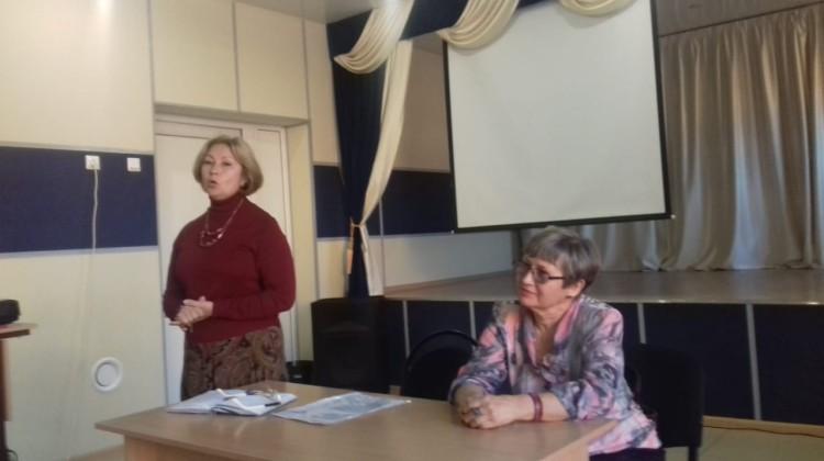 Член Совета Наталья Стрельцова рассказала школьникам о том, как избежать опасности в интернете