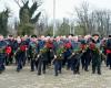 В Краснодаре в День защитника Отечества возложены цветы к обелиску погибшим воинам