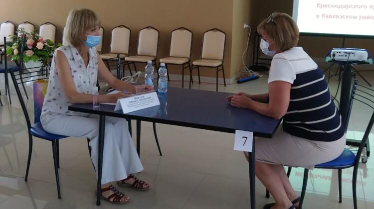 26 муниципалитетов Краснодарского края объехала мобильная приемная губернатора
