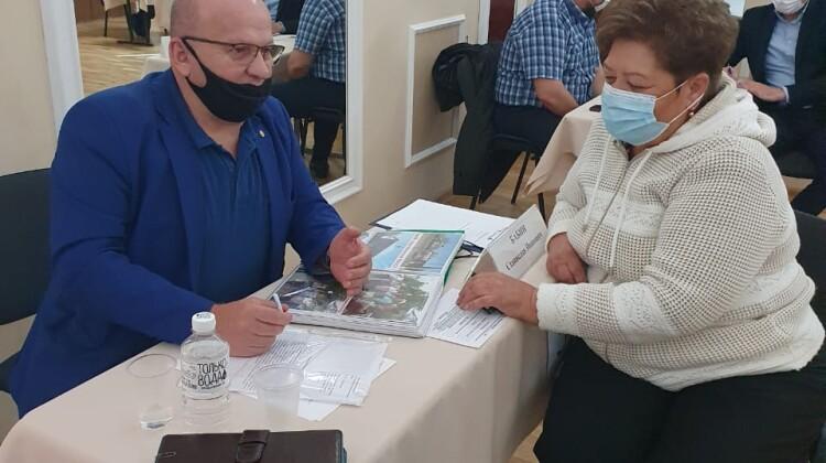 Мобильная приемная губернатора вновь посетила Тимашевский район