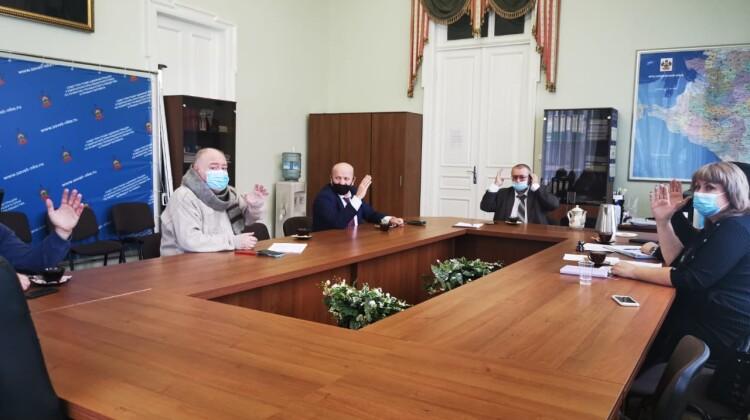 Социально важные вопросы обсудили в ходе рабочей встречи председателей комиссий Совета