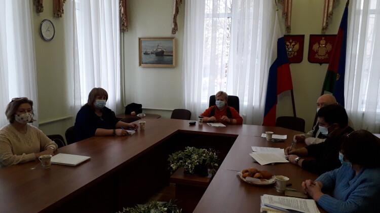 Совместное заседание комиссий Совета состоялось в режиме онлайн