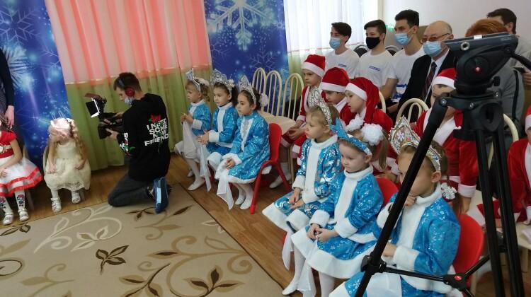 Новогодний праздник продолжился для воспитанников краснодарского детского сада