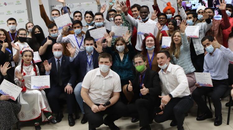 Школа интернационального взаимодействия завершила работу в Краснодаре