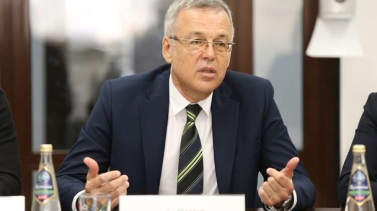 Советник  губернатора Андрей Зайцев приветствовал участников Школы команды местного развития