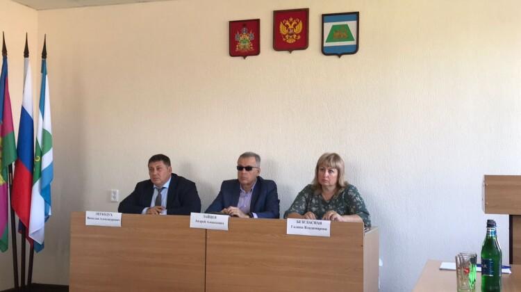 Совет и уполномоченный по правам фермеров провели рабочую встречу в Северском районе